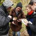 Mooskurs 2018-19_Teilnehmer bei der Mossbestimmung_Sd